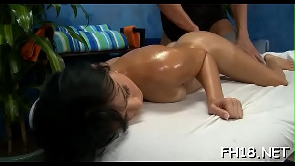 Massage oil, Nuru massage