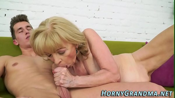Granny blowjobs, Granny hd, Blowjob granny