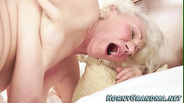 Granny blowjobs, Hairy blond