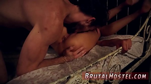 Sex brutal, Taxi, Naive