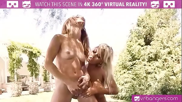 Reality, Vr porn, Eat pussy, Mother lesbian, Lesbian mother