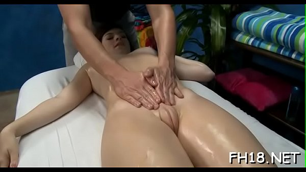Oil, Massage room