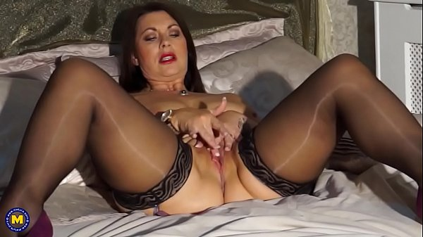 Big milf, Sexi mom