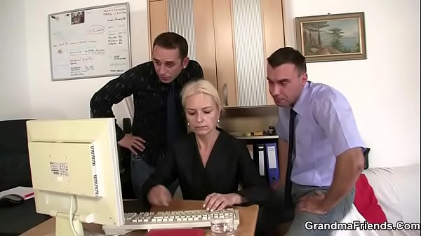 Granny, Mature threesome, Threesomes, Old mature