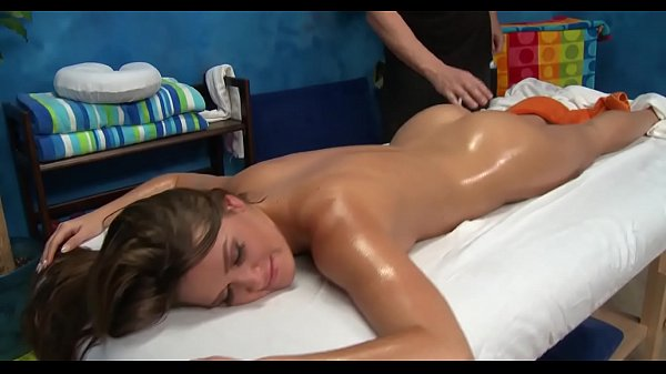 Massage porno, Cocksucker, Oil massage