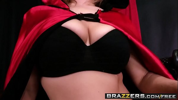 Boobs, Heels, Mom stocking, Mom squirting, Brazzers milf