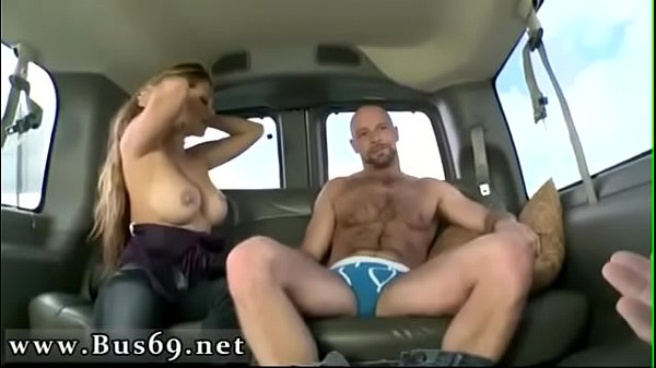 On the bus, Bus public, Anal first