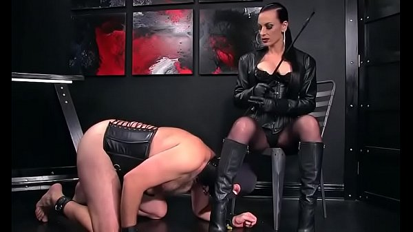 Boots, Femdom slave